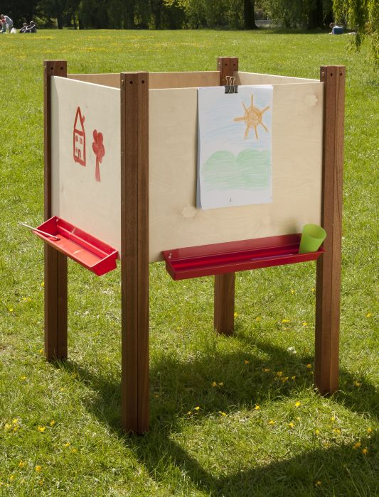 4 Sided Outiside Easel