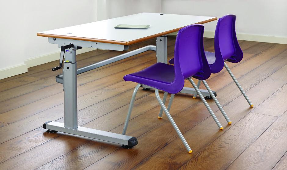 8002 Height Adjustable Desks