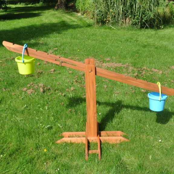Ares Outdoor Wooden Giant Scale