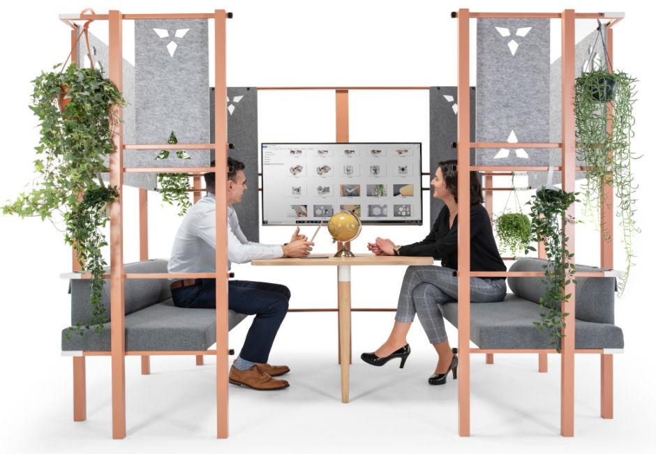 Juxta Team Meeting Booth